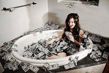 iCAMO6HMV ванная из денег